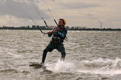 kiteschule-fly-a-kite-ruegen-kiten-einsteigerkurs_12_061