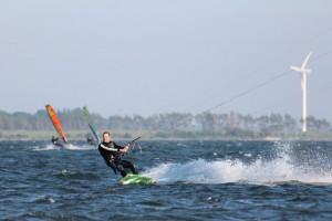 kitesurfen-fly-a-kite-ruegen-actionpics 059