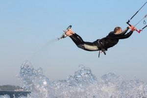 kitesurfen-fly-a-kite-ruegen-actionpics 063