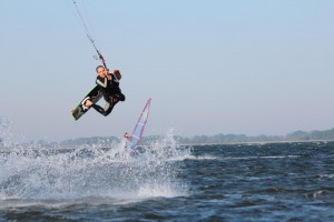 kitesurfen-fly-a-kite-ruegen-actionpics 064