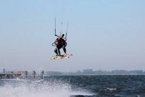 kitesurfen-fly-a-kite-ruegen-actionpics 067