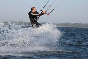 kitesurfen-fly-a-kite-ruegen-actionpics 068