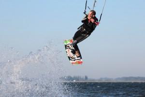kitesurfen-fly-a-kite-ruegen-actionpics 070