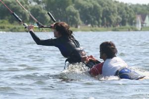 kitesurfen-fly-a-kite-ruegen-2006-47