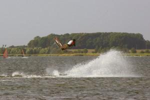 kitesurfen-fly-a-kite-ruegen-2006-56