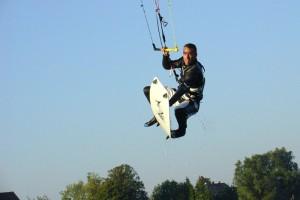 kitesurfen-fly-a-kite-ruegen-2006-66