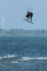 kitesurfen-fly-a-kite-ruegen-2012 157