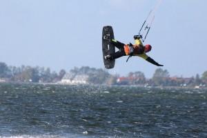 kitesurfen-fly-a-kite-ruegen-2012 173