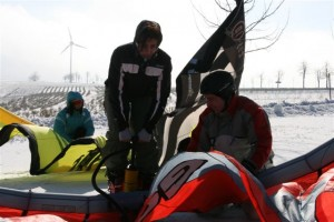 snowkiteschule-fly-a-kite-holzhau-05-06-11