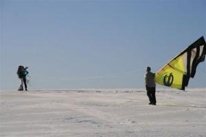snowkiteschule-fly-a-kite-holzhau-05-06-15