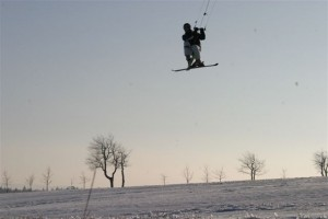 snowkiteschule-fly-a-kite-holzhau-05-06-16