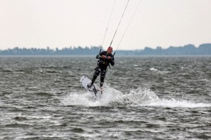 kitensurfen-fly-a-kite-ruegen-sprungtraining 001