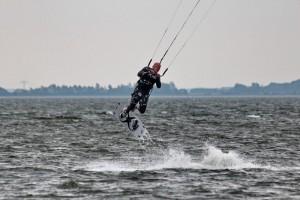 kitensurfen-fly-a-kite-ruegen-sprungtraining 002