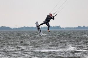kitensurfen-fly-a-kite-ruegen-sprungtraining 003