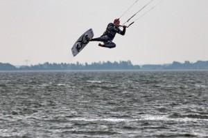 kitensurfen-fly-a-kite-ruegen-sprungtraining 004