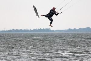 kitensurfen-fly-a-kite-ruegen-sprungtraining 005