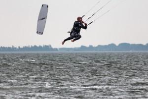 kitensurfen-fly-a-kite-ruegen-sprungtraining 006